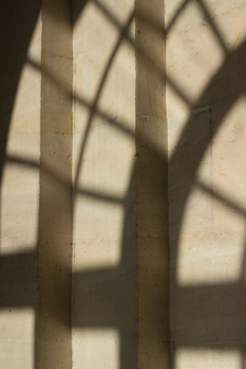 versailles-shadow